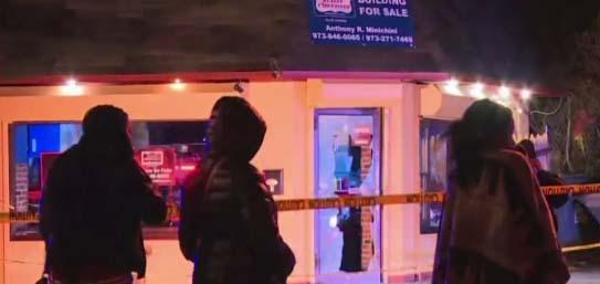 Al momento del tiroteo, unas 30 personas se encontraban en el interior del bar.
