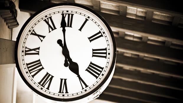 """Por qué este 31 de diciembre el reloj se """"congelará"""""""