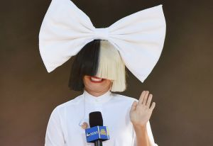 Fotos: así es la cantante Sia sin peluca... y sin ropa