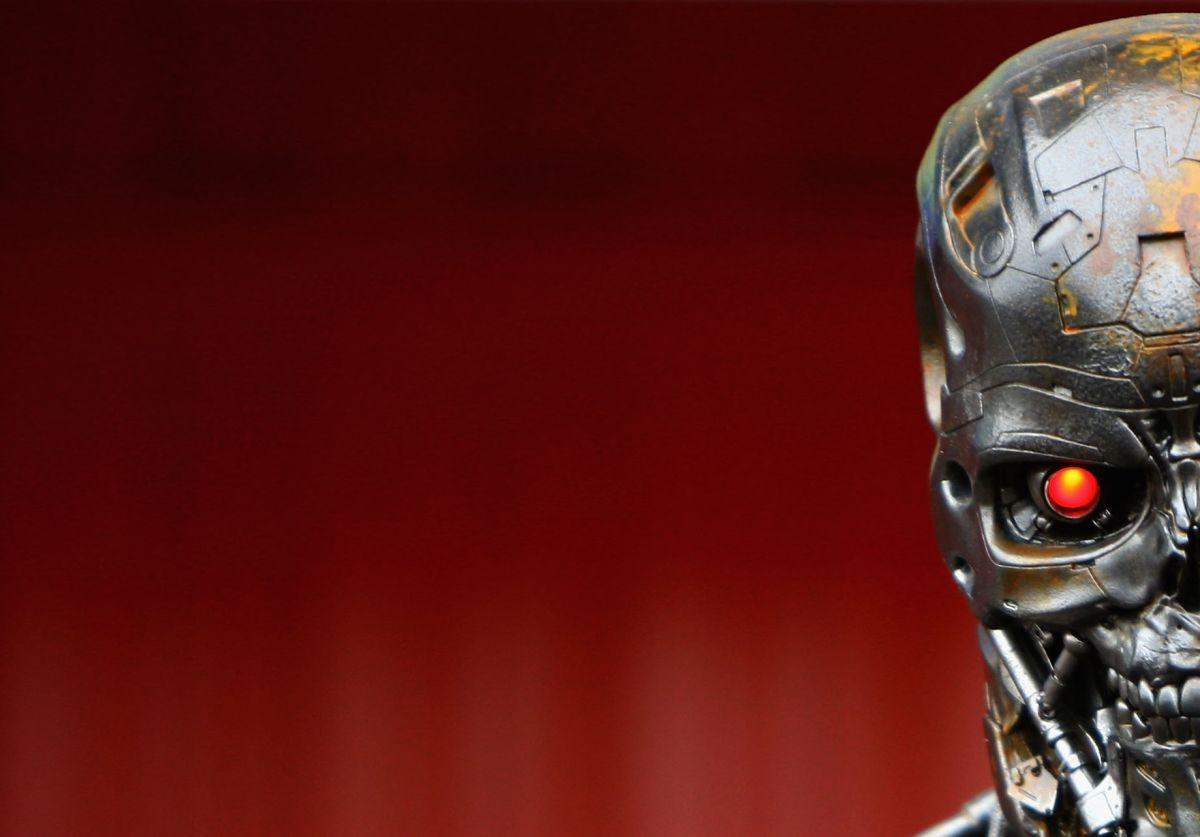 """La """"maldad"""" de la inteligencia artificial se ha contado en decenas de veces en cuentos, novelas y películas, como """"Terminator""""."""