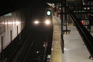 NYPD resultó herido tras persecución en el Metro de Nueva York