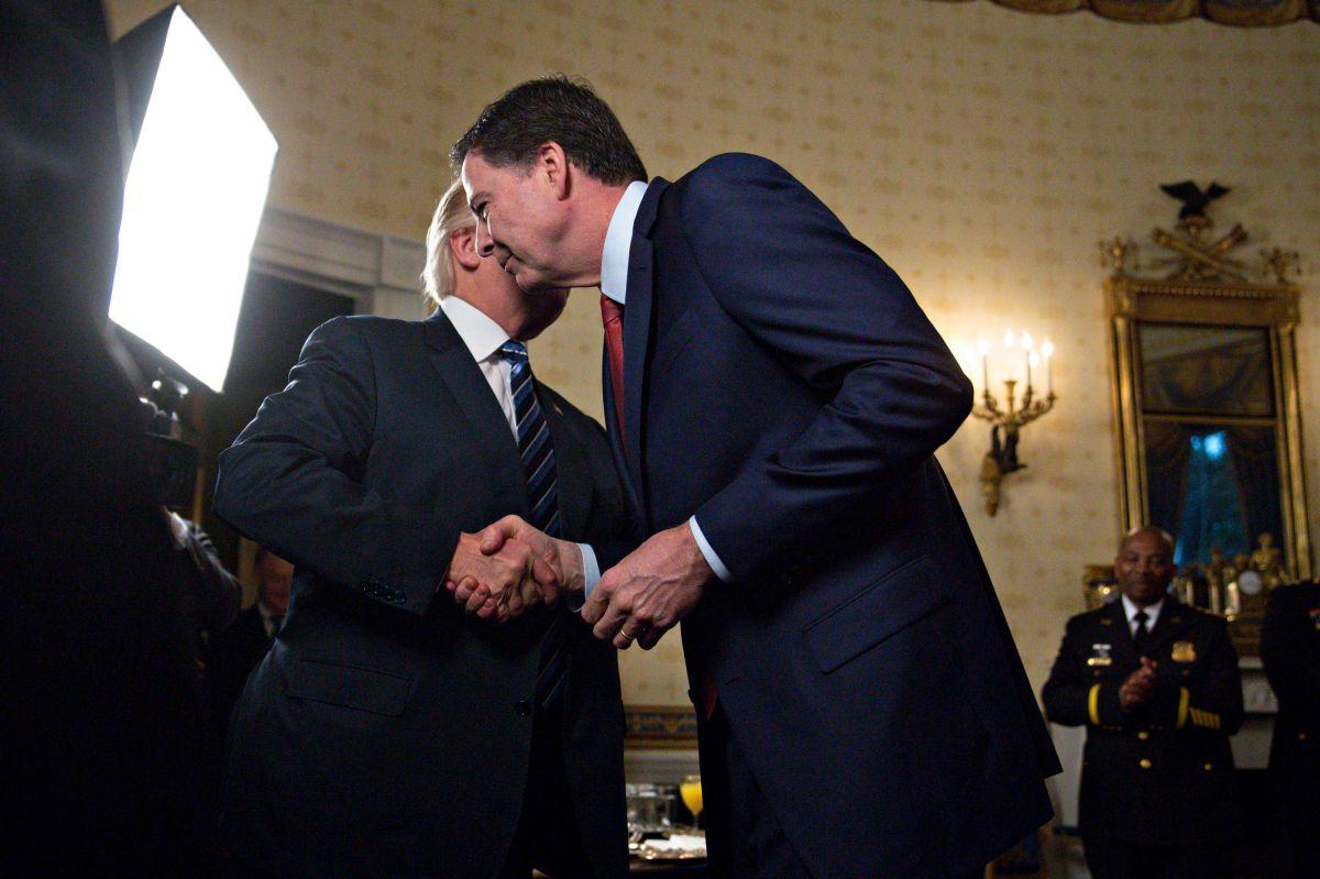 """Trump dejaría en FBI al """"enemigo número uno"""" de Clinton"""