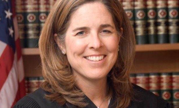 La jueza que todos admiran por bloquear parte del veto de Trump