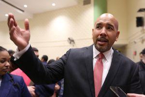 ¿El primer Alcalde hispano de la Gran Manzana?... no todavía