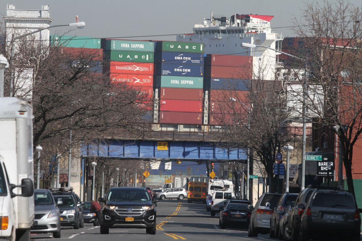 Conductor huye tras atropellar fatalmente a hispana en Staten Island