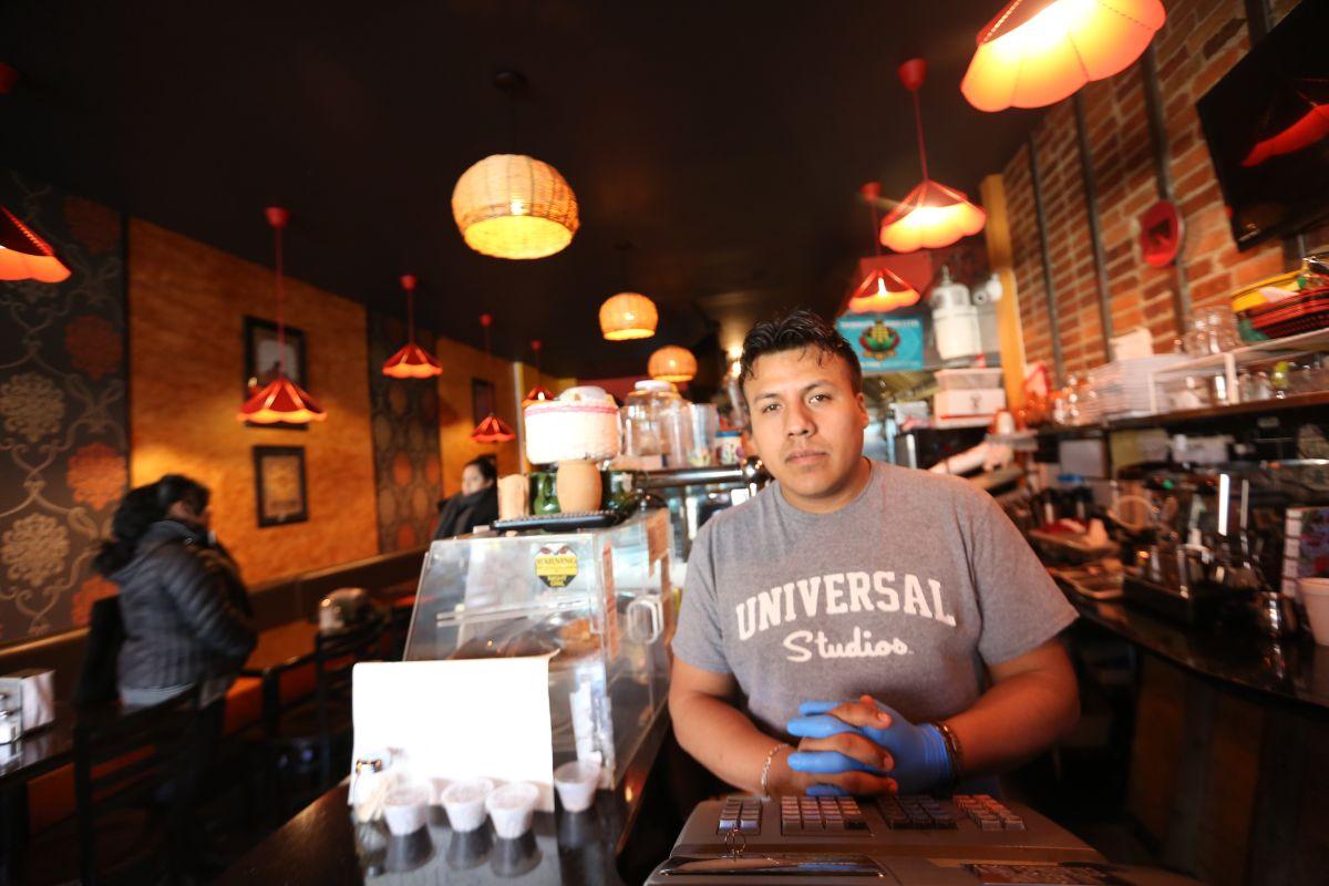 Los negocios latinos de NYC, víctimas del miedo a 'La Migra'