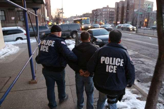 Las autoridades ICE realizaron 41 arrestos en NY hace una semana.