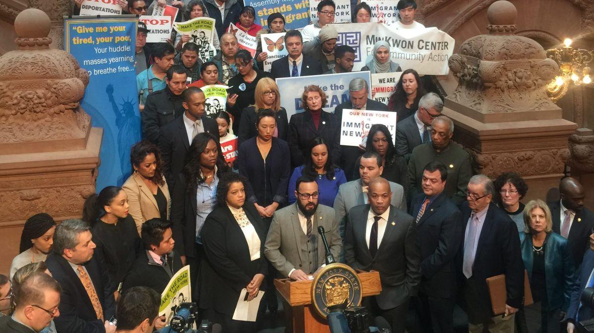 Presentan medidas para hacer de NY un 'estado santuario'