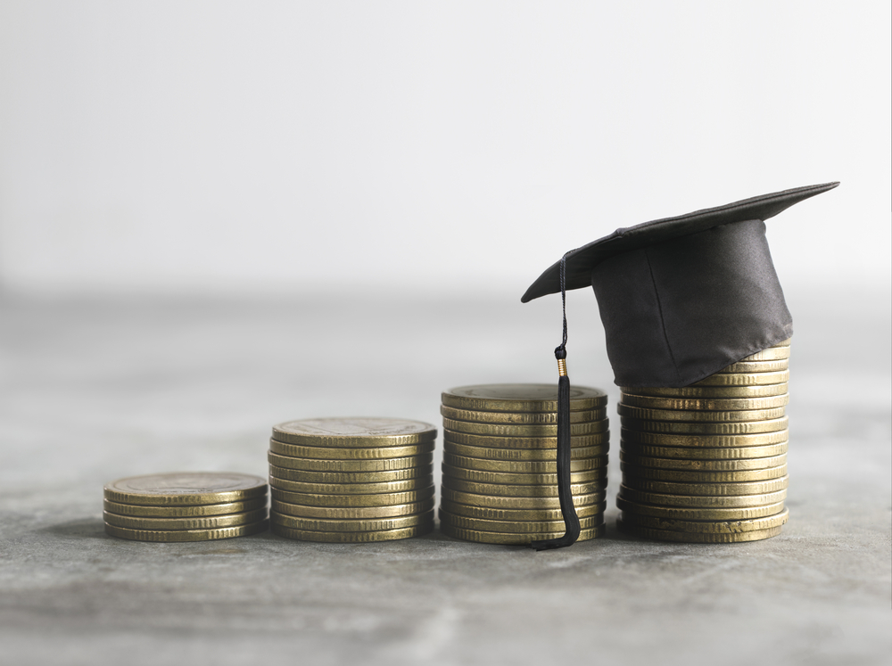 Un secreto sorprendente para limitar la deuda estudiantil