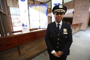 Hispanas de armas tomar en el NYPD