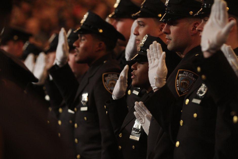 Altos mandos del NYPD siguen sin reflejar composición de la Uniformada