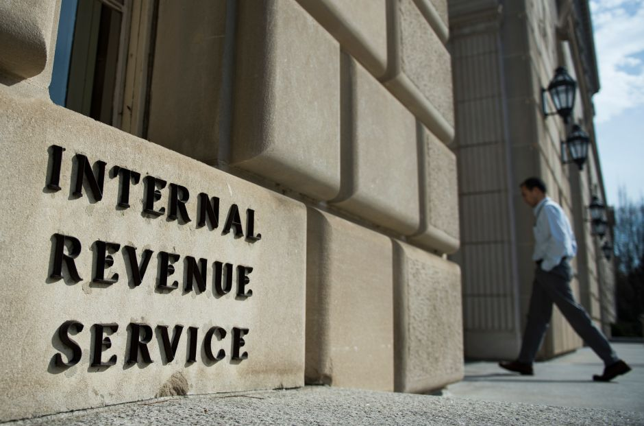 La polémica en IRS contra grupos conservadores que implicaría a Obama