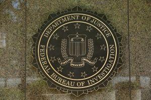 Mujer en North Carolina descubre que su padre está en la lista de los más buscados del FBI por prueba de ADN