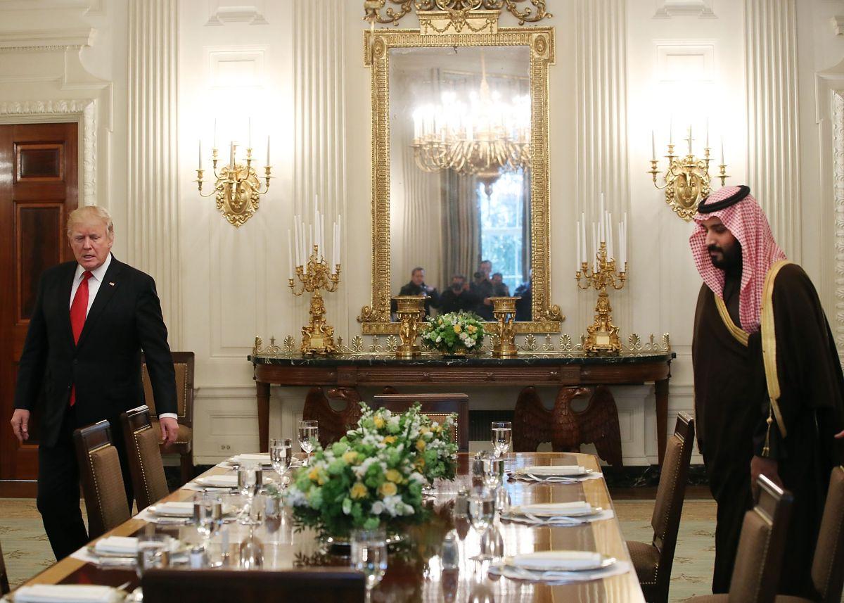 ¿Por qué Trump se reunió con el príncipe y no con el rey de Arabia Saudita?