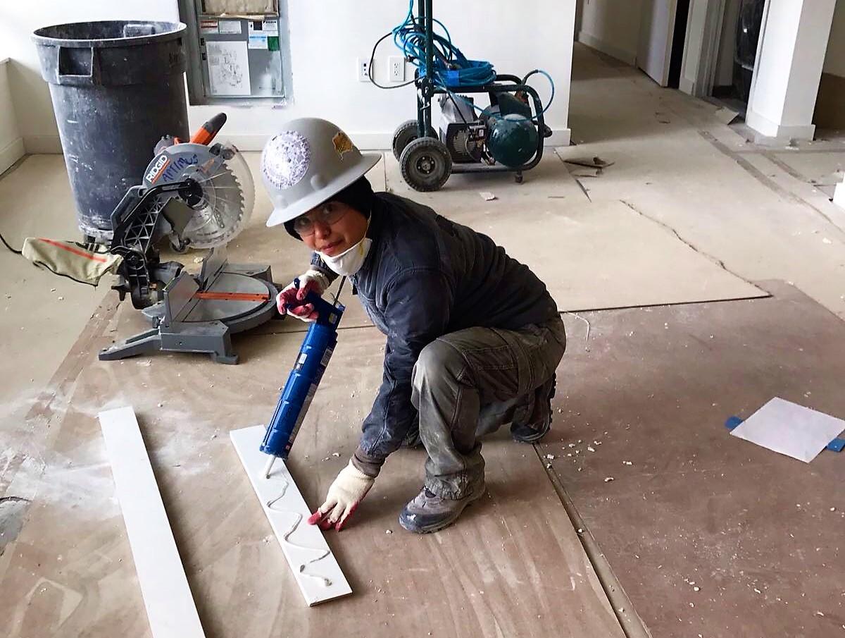 Mujeres derriban la desigualdad en industria de la construcción