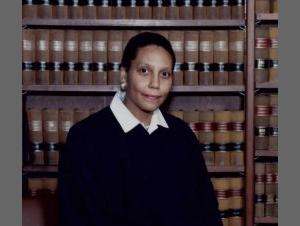 Investigan si jueza Abdus-Salaamy se suicidó por depresión