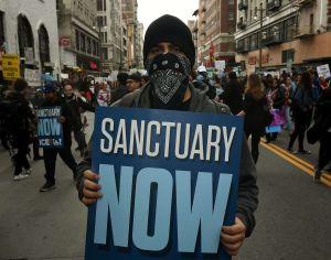 NYPD se niega a entregar a 'La Migra' a un centenar de indocumentados
