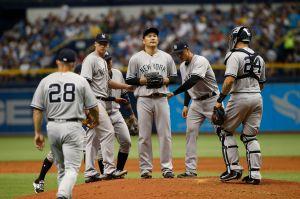 Tanaka falla y los Yankees pierden en el estreno
