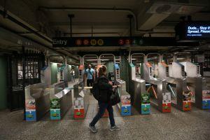 NYPD debe rendir cuentas sobre arrestos de evasores en el Subway