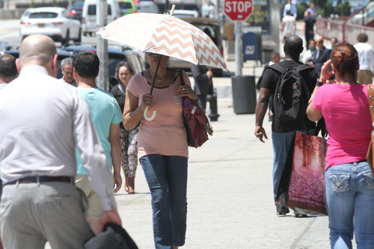 Darán aires acondicionados a neoyorquinos vulnerables a las altas temperaturas
