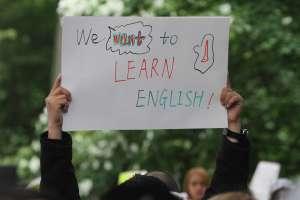 Inmigrantes que aprenden inglés aumentan sus ingresos en un promedio de $7,100 anuales
