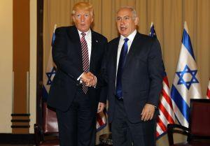 Trump asegura que no mencionó a Israel cuando compartió información a rusos