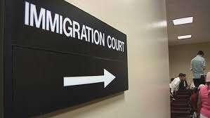 Nueva orden ejecutiva prohíbe preguntar estatus migratorio de neoyorquinos