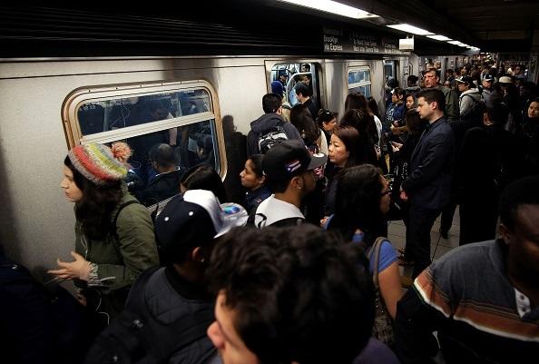 Protestan contra alza de tarifa del Subway planeada para 2019