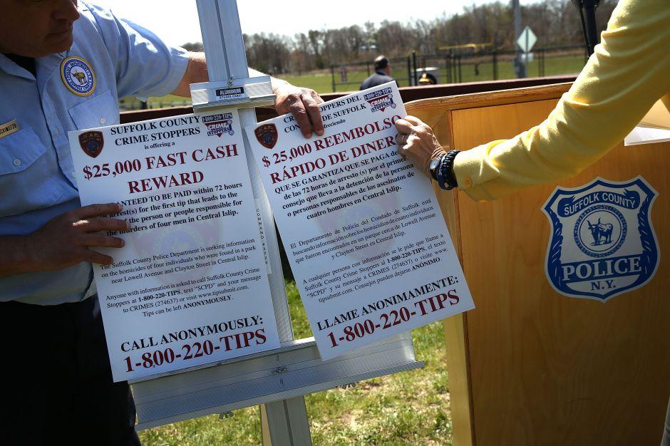 Acusan a 17 pandilleros de MS-13 por 12 asesinatos en Long Island