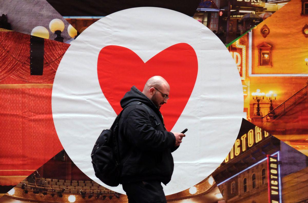 En esta ciudad de EEUU ya no se podrá cruzar la calle viendo el celular