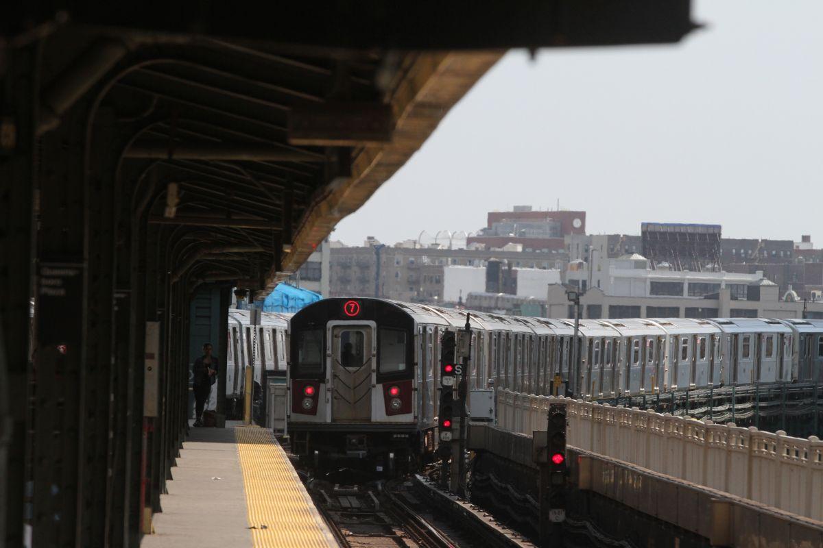 """Restablecen servicio regular del Subway de NY tras """"verano del infierno"""""""