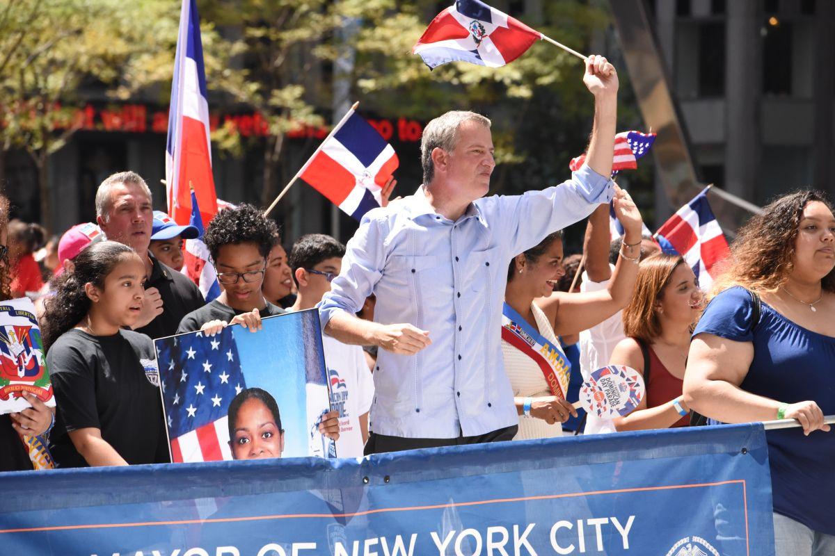 El alcalde Bill de Blasio durante el desfile.
