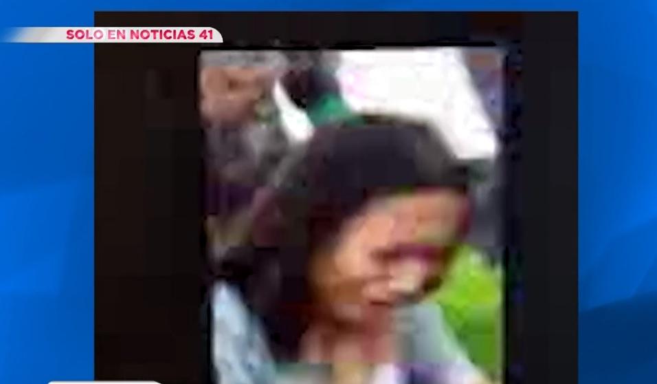 Un grupo agredió primero a una joven.
