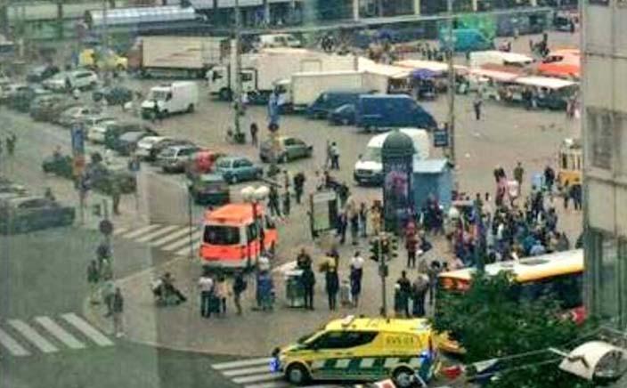 El incidente se reportó en el mercado de Puutori, en Turku.