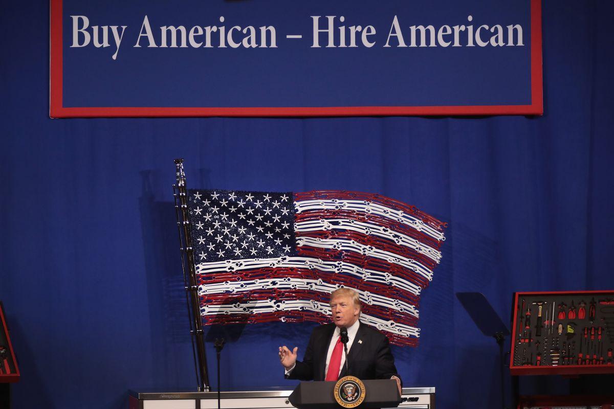 """Los cambios proyectados son parte del plan """"Compra americano, contrata estadounidenses""""."""