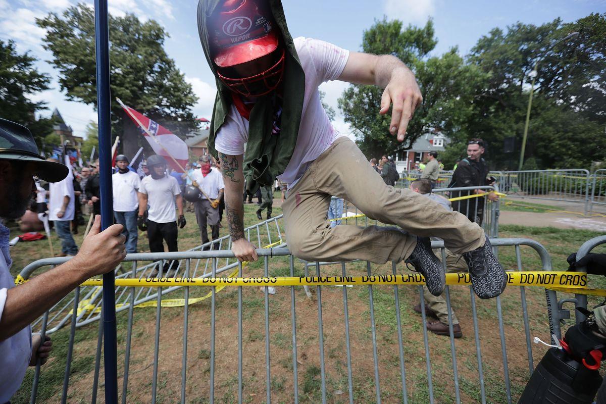 Los hechos violentos en Charlottesville, Virginia, aumentaron las alertas sobre racismo en EEUU.