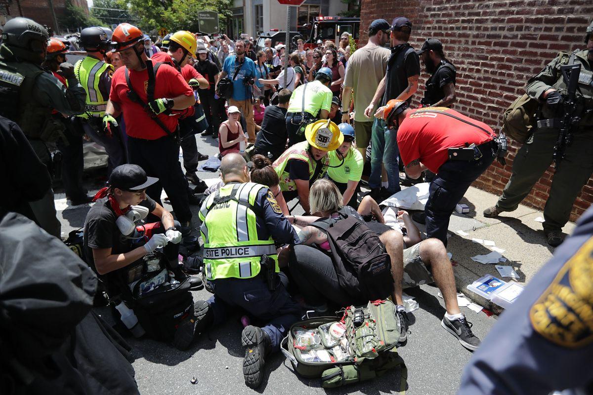 Los hechos dejaron al menos 20 heridos.