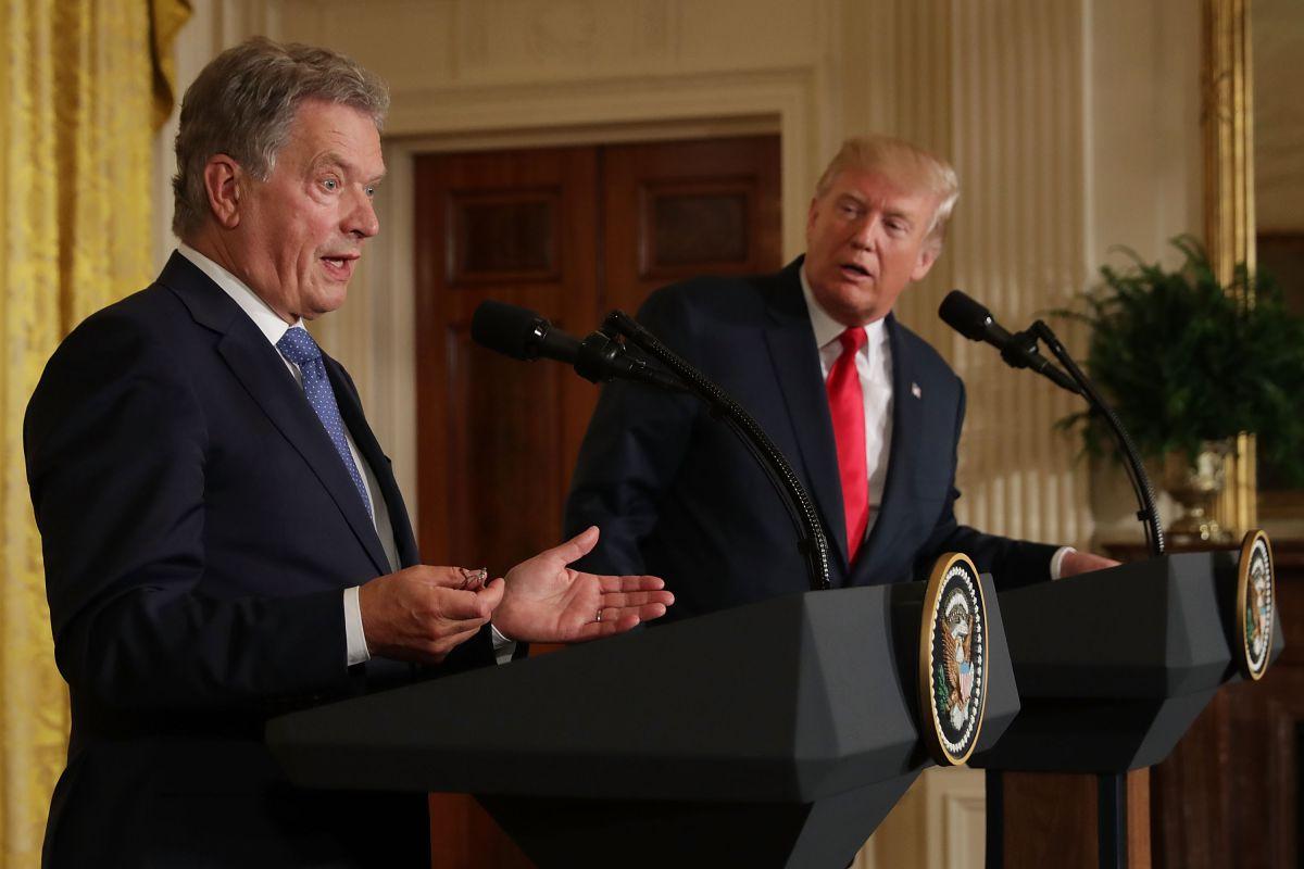 Trump confunde a reporteras ¡por rubias!