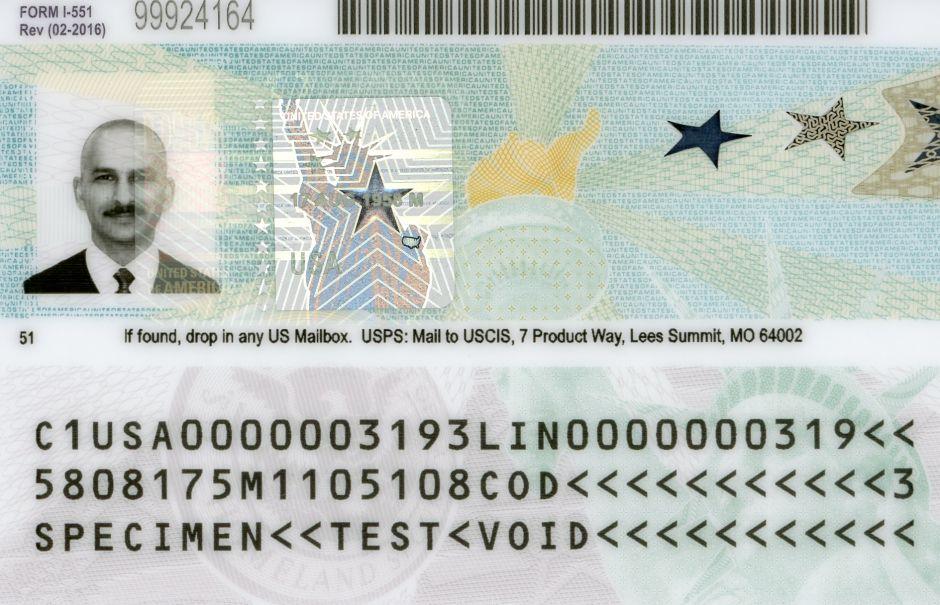 """¿A qué inmigrantes afecta nueva política de USCIS sobre """"green card""""?"""