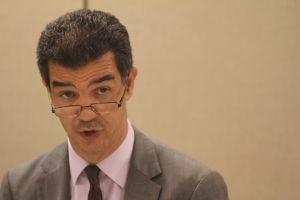 Retiran cargos contra Concejal Rodríguez tras admitir culpa en desorden en protesta migratoria