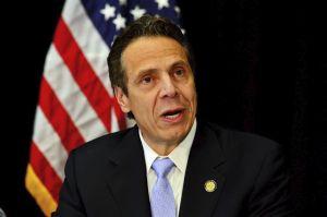 Gobernador de NY viaja a Puerto Rico junto a rescatistas