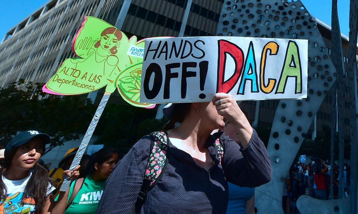 Activistas de NYC reaccionan a fallo judicial favorable a 'Dreamers'