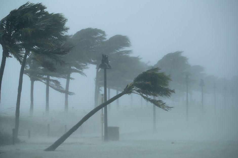 Trump declara zona de desastre a Florida por huracán Irma