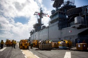 Los cuatro datos que probarían que gobernadora de Puerto Rico sabía de suministros almacenados tras huracán María
