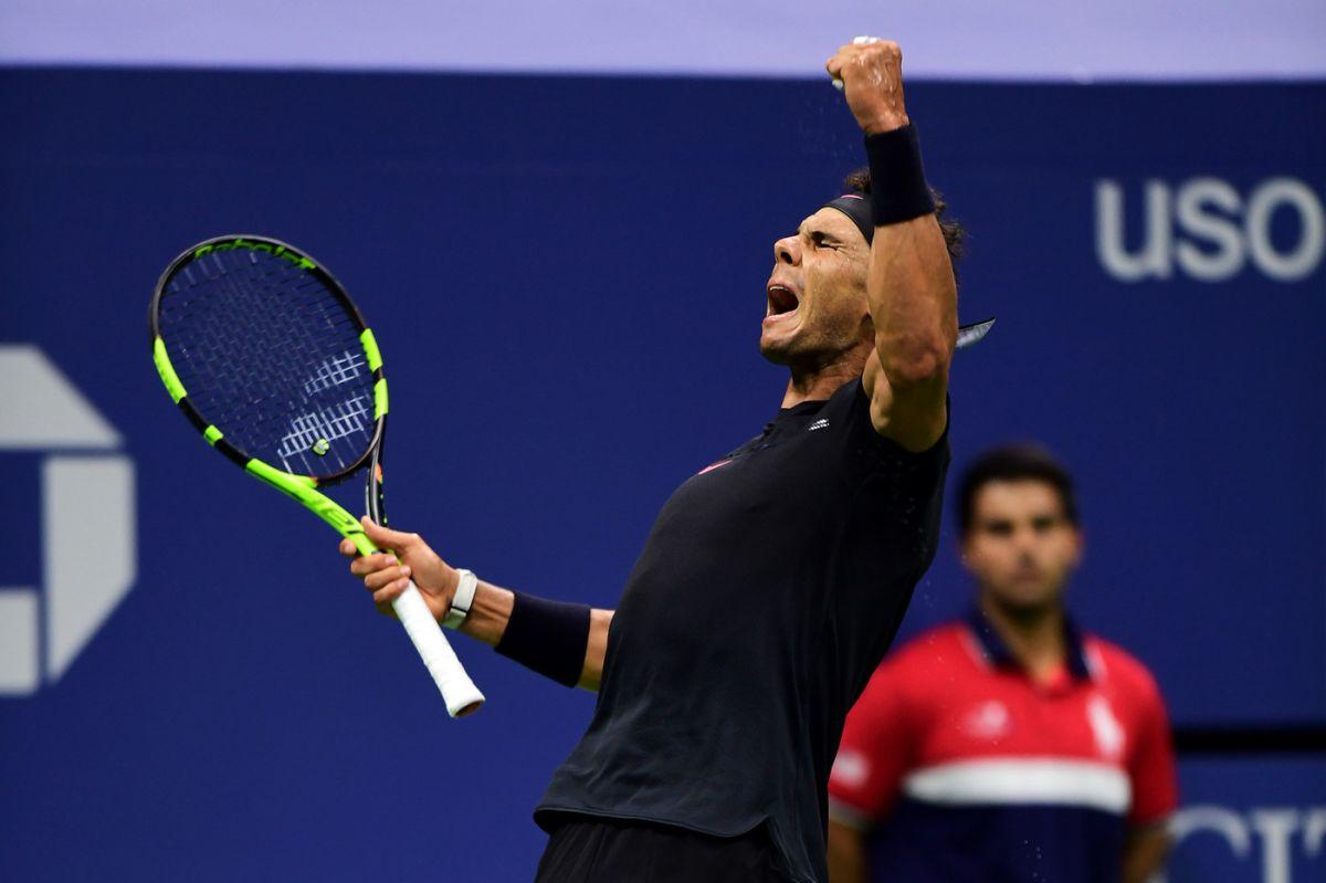 Rafael Nadal celebra un punto ante Taro Daniel.