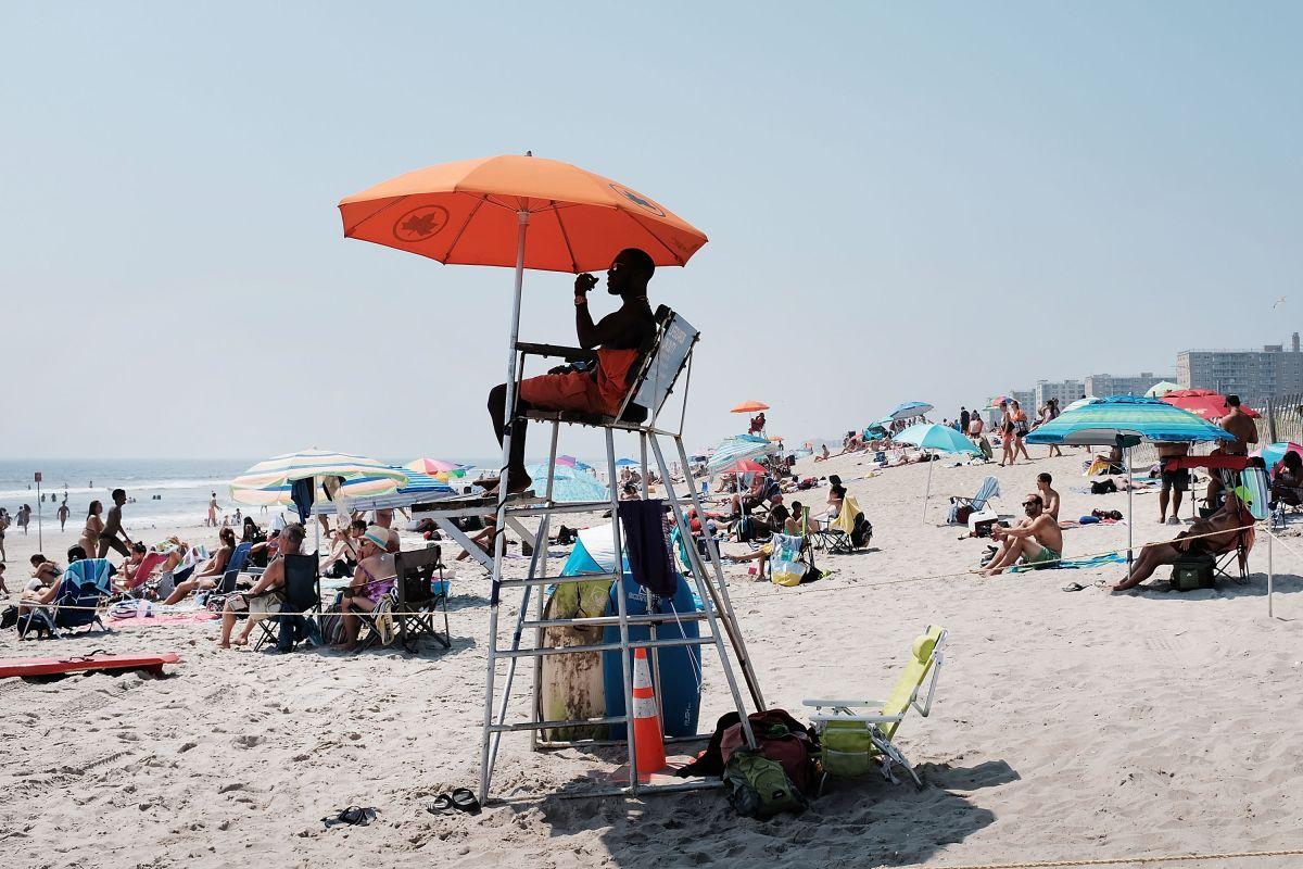 Las playas públicas seguirán abiertas hasta el 10 de septiembre.