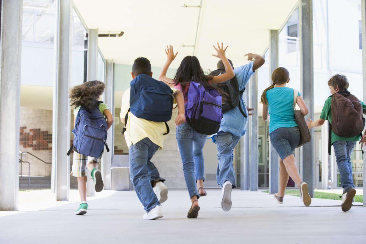 Las escuelas deben apoyar a los estudiantes de forma integral