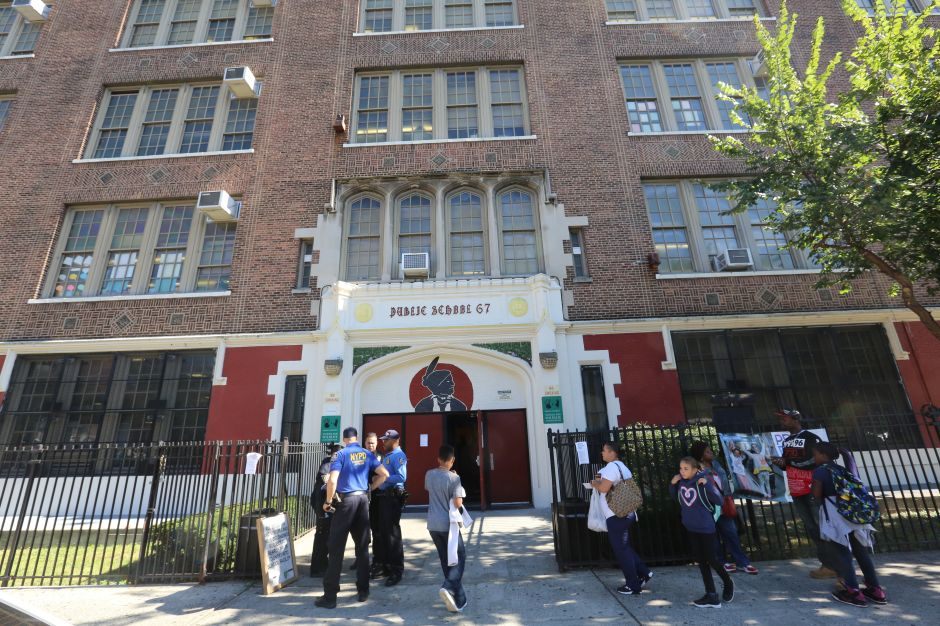 Nueva York se queda sin maestros de escuela pública: éxodo de 41%