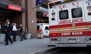 Siete trabajadores heridos al colapsar edificio en Brooklyn