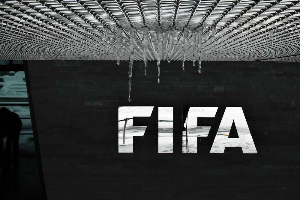 Sobornos de FIFA son vinculados a una filial de Televisa